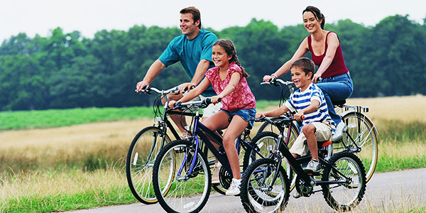 family_bike_ride